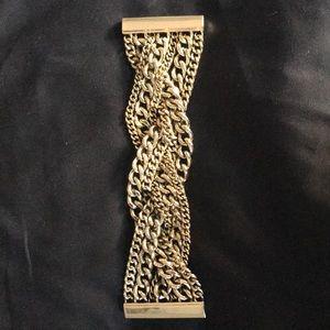 Magnetic gold chunky bracelet